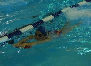 Pływanie w triathlonie - nogi