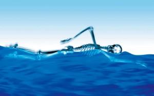 Trening lądowy w pływaniu
