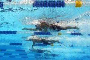 Pływanie w triathlonie: sprint